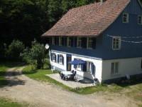 Bild 2: Das blaue Haus