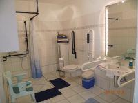 Badezimmer der Fewo im EG**** - Bild 8: barrierefreie kinder- und hundefreundliche Ferienwohnung****im EG in Lubmin