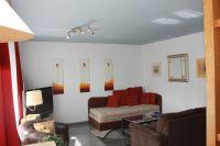 Wohnraum hat ein großes Schlafsofa mit Lattenrost. - Bild 2: Sylt - Westerland Ferienwohnung mit Internet / Wlan im EG. Whg.1