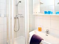 Badezimmer - Bild 5: Appartement 5 Haus Isabel an der Nordsee Büsum