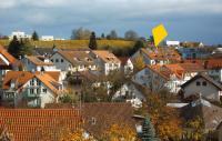 Die Lage unseres Dachstudios, ruhig, stadtnah und mit direktem Zugang in die schöne Umgebung. - Bild 5: Ferienwohnung Bodenseeblick in Meersburg für Nichtraucher
