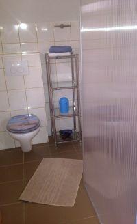 Badezimmer,Dusche,WC,Fenster und Duschwand- - Bild 11: Genießen Sie die Ruhe und das Meer. Ferienwohnung 45qm 2Pers. und Kleinkind