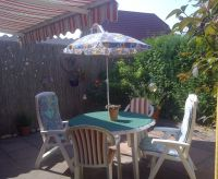 Markise,Gartenmöbel,Sonnenschirm und Grill. - Bild 2: Genießen Sie die Ruhe und das Meer. Ferienwohnung 45qm 2Pers. und Kleinkind