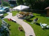Bild 5: Ferienhaus Giulia mit eingezäunten Garten am Ledrosee