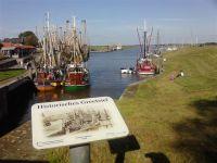 Am Hafen von Greetsiel gibt`s immer was zu sehen..... - Bild 14: Schicke Fewo an der Nordseeküste-Ostfriesland