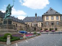 Bild 8: Ferienwohnung Fulda - Sickels, Fam. Fenske heißt Sie herzlich willkommen!