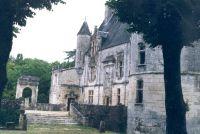 In rund 30 Minuten Entfernung liegt dieses schmucke, auch zu besichtigende, Schloß von Crazanne - Bild 8: Ferienwohnung mit Schwimmbad in SW-Frankreich, Nähe Atlantik