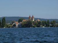 """Mit dem Boot können Sie um die Insel Reichenau fahren. Ein toller Spaß für die ganze Familie. Steigen Sie ein...! - Bild 35: Ferienwohnung """"Dorfblick"""" im Haus """"Jehle"""" in Oberwihl/Schwarzwald"""