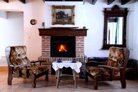 Gemütlichkeit vor dem Kamin - Bild 2: Ferienhaus Domaine du Val des Ragondins im Burgund