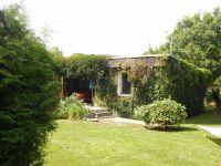 Unser mit wildem Wein bewachsenes Ferienhaus in ruhiger Lage mit eingezäunten Grundstück ! - Bild 2: Ferienhaus im Grünen für 2 - und 4 - beiner