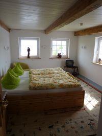 um 2 Kinderbetten erweiterbar - Bild 8: BULLERBÜ-Exkl Ferienwohnung 120 m² mit Garten, Alleinlage im Reet-Dach-Haus