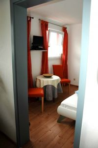 Alle unsere Zimmer sind individuell gestaltet. - Bild 5: Landhaus Pension Elisabeth in Meersburg - umgeben von Wein und Obstbäumen