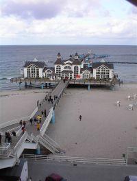 Die Seebrücke in Sellin mit Restaurant - Bild 8: FeWo Wiek auf Rügen, Erdgeschoss mit Terrasse und Gartennutzung