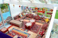 marokkanische Bodenkissen, Couch,Büchern, Wasserpfeifen und Multimedia Anlage - Bild 11: 4* Villa Holliday-230qm-Traumhaus-Garten, Sauna,Pool,Alleinnutzung