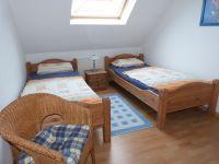 Bild 5: Ferienhaus Brandgans in Norden, 2 Schlafz., Bad, Gäste-WC, Terrasse, Garten
