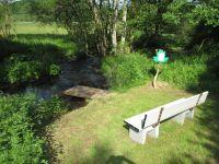 Der 2-Bäche-Pfad ist ein Partnerwanderweg des Eifelsteig und beginnt direkt an der Ferienwohnung. - Bild 11: Eifel-Mosel ***Ferienwohnung Alte Schmiede I