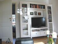 Regalwand mit LCD-TV, Stereoanlge, CD- und DVD-Player u.a.m. - Bild 2: Ferienwohnung Søstjern für 2 - 3 Personen & Hund, Schwimmbad und Sauna