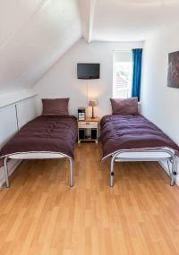 Größte Kinder-Schlafzimmer mit TV, Schreibtisch und toilettentisch - Bild 20: Sehr schönes Ferienhaus, jetzt € 50,- Rabatt jedes Wochenende bis Mai