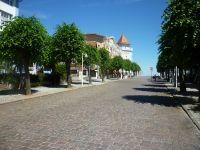 Nur 50 m zur bekannten Wilhelmstr. - Bild 17: Rügen strandnahe Ferienwohnung in Sellin 300 m zum Strand bis 4 Pers
