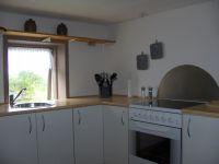 mit Blick auf die Küchenzeile - Bild 8: Ländliche Fewo nahe der Nordsee, ideal für Umgebungsausflüge