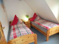 Betten bei bedarf zusammen stellar, gr. Kleiderschrank - Bild 5: Nordseeferienhaushälften Möwe mit Hund, W-Lan