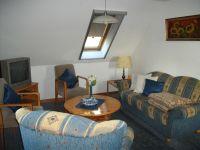 Ihre gemütliche Sitzgruppe im Wohn/Esszimmer - Bild 5: Ferienhaus LUKAS (vorm. Holl) in Dornum