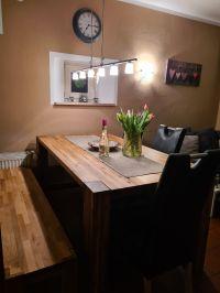 Der Essbereich bietet Platz für bis zu sechs Personen. - Bild 11: Ferienhaus Waldhäuschen Zandt- Bayerischer Wald