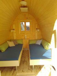 """Bild 2: Ferienhaus - Camping Pod 2 """"Wengertshäusle"""" auf dem Burgstallhof"""