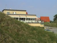 Restaurant-Terrasse Haus von der Westseite - Bild 11: Wohnung Füürtoorn Leuchtturm-Restaurant Norderney