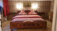 Schlafzimmer mit Doppelbett 1,80 x 2,00m - Bild 5: Fischerkate am Strand von St.Peter-Ording