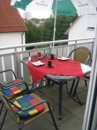 Balkon - möbliert - auch mit Grillmöglichkeit - Bild 5: Argenpark - 3 Zi-Maisonette-Fewo in Kressbronn am Bodensee