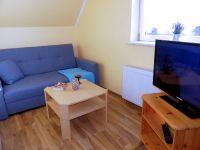 Sitzecke mit Fernseher oben im SchlafzimmerI - Bild 11: Ferienhaus Alina für 7 Personen, 400m bis zur Ostsee, WLAN
